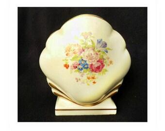 Vintage porcelain vase -Seashell Pottery Beach Pottery Vase  - floral motif vase - vase with flower motif - home decor vase -# 37