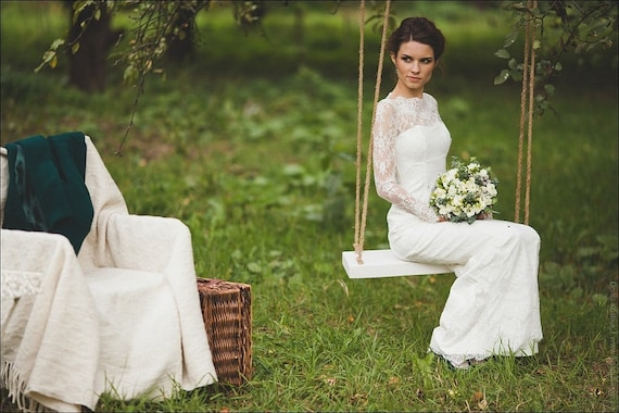 Fitted Style Lace Long Wedding Dress With Lase Sleeves L38