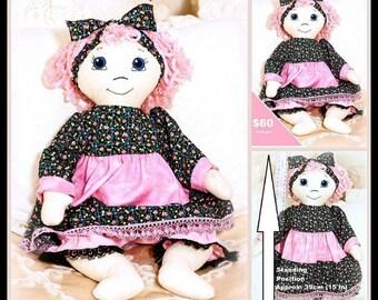 Polly-Anne Doll / Rag Doll /cloth doll / fabric doll / heirloom doll / heritage doll / country doll / golly doll / handmade doll/sittinglegs