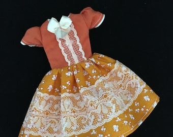 Pre-order: Orange and white flower Pullip doll dress