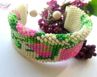 Beaded jewelry Ivory bracelet Bracelet with roses Floral bracelet Summer bracelet Pink bracelet Gift for wife Womens gift Jewelry gift