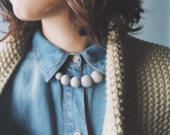 Pearl concrete necklace