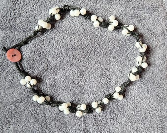 Linen necklace and pearl beads