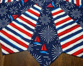 "21"" Red, White & Blue, 4th of July Sailboats and Fireworks Reverses to Blue and Aqua"
