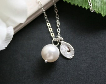 Wedding Pearl Necklace with custom Initial Leaf - Sterling Silver , Elegant Bridal Jewelry, bridesmaids gift , with Color of Pearl to choose