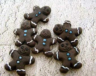 10 Tiny Gingerman Beads