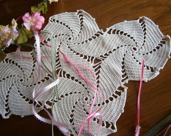 "Handmade Light Ecru Vintage Doily in a Lovely Pinwheel Design,  Crocheted Placemat, Hand Crocheted Table Topper, 9"" x 12"""