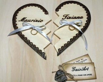 Wedding rings on a broken wooden heart-bridal Decorations-customizable-pirografate engravings-handmade