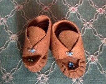 Vintage Handmade Doll Shoes Moccasins
