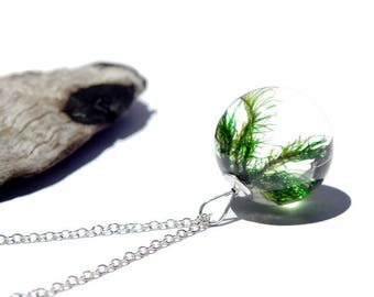 Moss necklace, nature jewelry, forest necklace, woodland moss pendant, resin jewelry, real moss, nature inspired resin necklace, unique gift