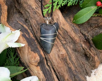 Great White Shark Tooth / Fossil Shark Tooth / Fossil Great White Shark Tooth Necklace / Shark Tooth Pendant