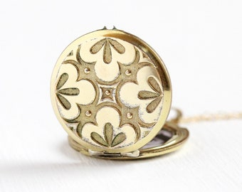 Vintage Repousse Locket - Retro 14k Rosy Yellow Gold Filled Necklace - 1960s Leaf and Brushed Finish Photograph Etched Jewelry Pendant