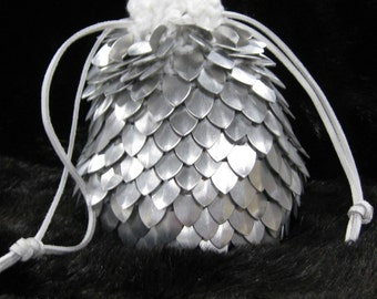 Scale maille Dice Bag of Holding White Knight in knitted Dragonhide Armor extra large