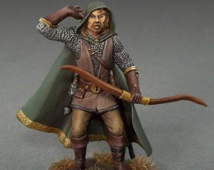 Easley Masterworks: Male Ranger w/Bow - 4117 - Dark Sword Miniatures