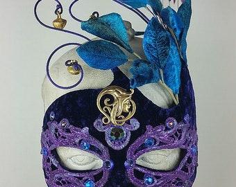 Purple Masquerade Mask//Masquerade Mask//Masquerade//Mask//Mask Masquerade//Halloween Mask//Mardi Gras Mask//Cosplay Mask//Costume Mask