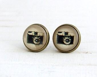 Camera Earrings .. camera studs, photography earrings, camera earrings, post earrings, vintage style earrings