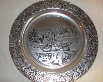 Wilton Armetale Pewter Display Plate Horse Buggy RWP Columbia PA Vintage 1982