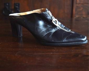 80s Vintage Shoes   Black Spanish Leather Slip On Mules   Size 7