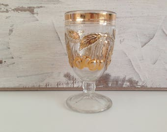 Vintage drinking glass - Colored glasses - Beautiful glasses - A beautiful collector's glass