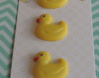 """Duck Chick Buttons, Baby Hugs Collection """"Ducky"""" by Buttons Galore, Carded set of 3 Buttons, Shank Back Buttons, Embellishments"""