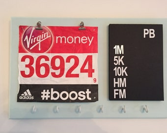 PB running medal hanger with blackboard and number clips