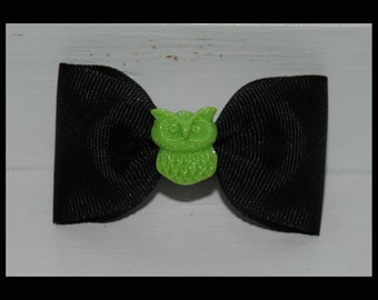 HOOT The Owl - Black and Green Hair-Bow