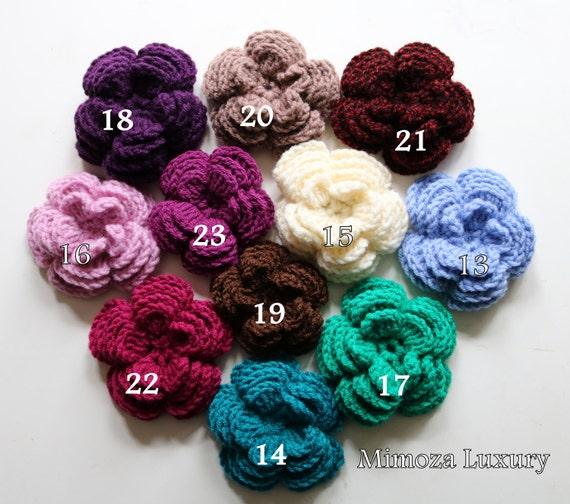 Crochet Flower Brooch, 30 colors crochet flowers, Hand knit flower brooch, knitted pin flower badge, Christmas gift present , knitted badge