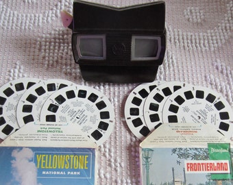View Master Viewmaster with Reels Disney Frontierland and Yellowstone Brown Bakelite Vintage 1950s