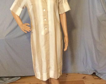 Designer Lady Manhattan Day Dress, house dress short sleeve fits like a size 6