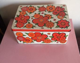 Vintage Baret Ware Orange Flowertime Picnic Box