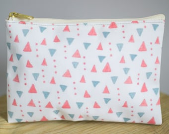 T-bottom or No Bottom Accessory Pouch | Salmon Triangles |