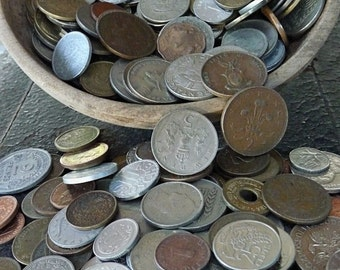 Foreign coins, foreign currency, 25 vintage coins