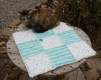 Cat Blanket, Cat Bed,Furniture Cover, Fabric Pet Bed, Pet Bedding, Pet Supplies, Pet Blankets, Handmade Pet Bed, Pet Quilt, Cat Stroller Mat