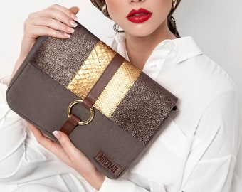 pochette, leather pochette, python pochette, shoulder pochette, italian bag, made in italy, fine leather pochette, pochette with chain,