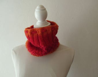 Cowl Hat Shades of red