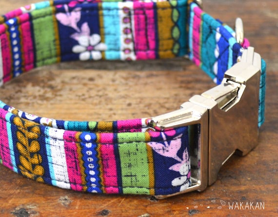 Beautiful Garden Redux dog collar. Adjustable and handmade with 100% cotton fabric. stripes design Wakakan