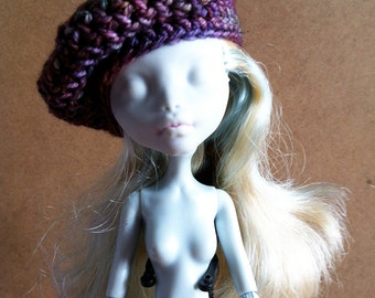 Beret Arco Iris Merino for Monster High Doll