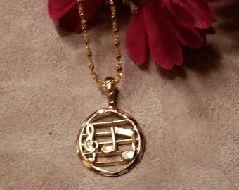 Circle Note Pendant Necklace, Gold Plated Pendant Necklace, Music Teacher Gift, Musician, Pendant Necklace, Gift Idea, Gold Plated