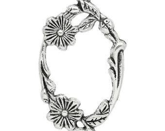 1 large oval connector with flowers made of CADMIUM-free zinc alloy