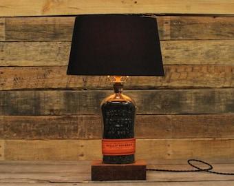 Bulleit Bourbon Bottle Table Lamp / Whiskey Bottle Light, Man Cave Lamp, Bourbon Barrel Char, Bar Lighting, Bourbon Gift, Father's Day Gift