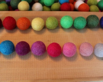 Set of 20 assorted colors hand felted balls 2cm