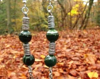"Earrings ""Celtic pilar"" metal and green agate"