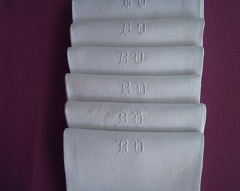 6 TABLE NAPKINS with monogram