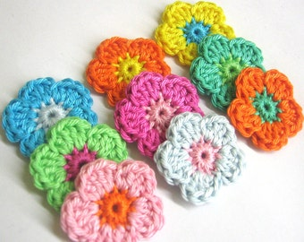 Set of 9 Crochet flower appliques, 1,2 inches, colorful handmade cotton