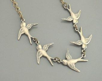 Vintage Jewelry - Vintage Necklace - Bird Necklace - Brass Necklace - Boho Necklace - Delicate Necklace - Nature Jewelry - handmade jewelry