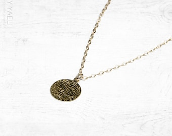 Geometric necklace, circle necklace, gold necklace, gold coin necklace, goldfilled necklace, dainty necklace, everyday necklace.