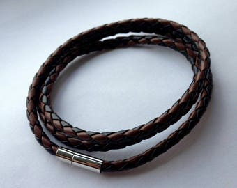 PU Leather Wrap Bracelet With Magnet Clasp.