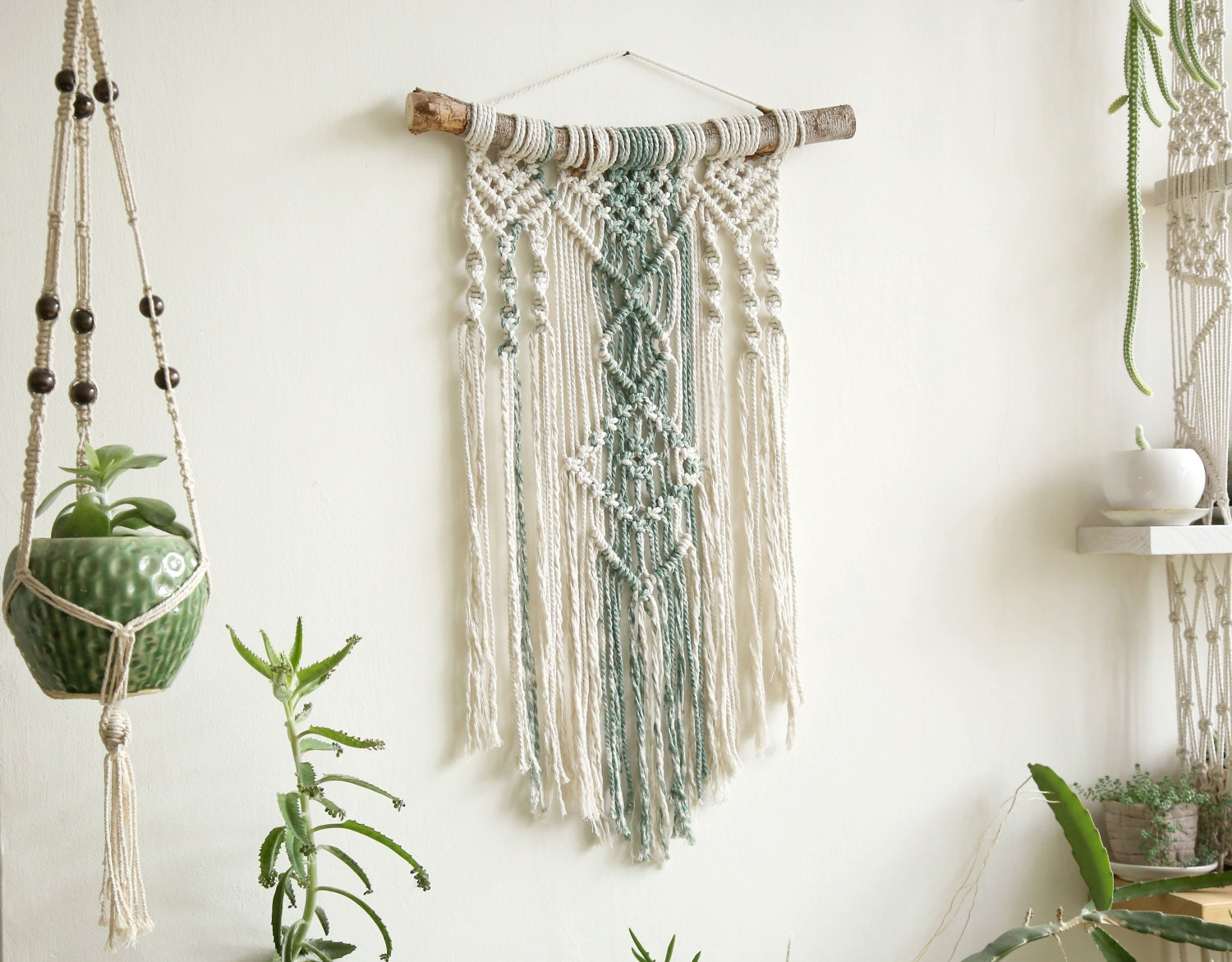 Wall tapestry macrame tapestry macrame wall hanging modern for Wall hanging images