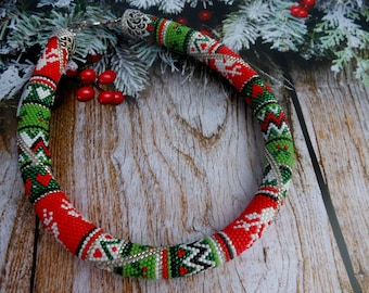 Christmas jewelry for women necklace Christmas jewelry deer necklace Beaded jewelry Christmas beads Handmade christmas gift Crochet necklace