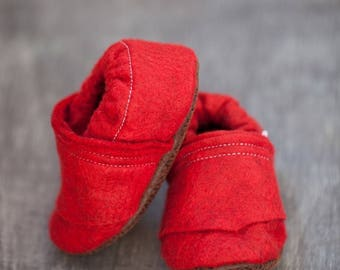 red baby moccasins, red toddler moccasins, baby moccs, baby shoes